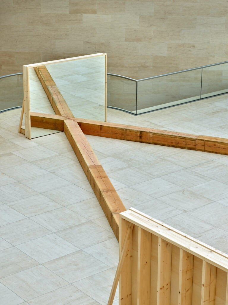 Robert Morris-The Perceiving Body-Mudam Luxembourg